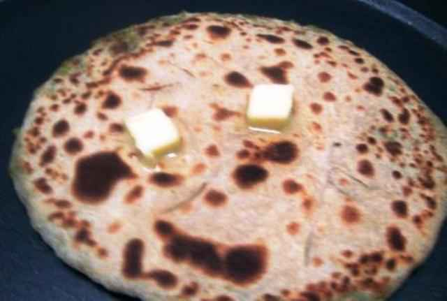 matar, green peas, paneer, cottage cheese, paratha, recipe, punjabi, indian, dish, bread