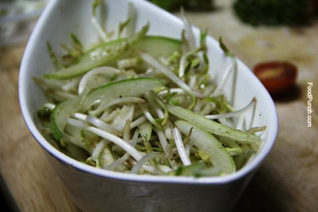 beans, bean sprouts, mung bean sprout, salad, side dish, gluten free, diabetic recipe, salad recipe, healthy recipe,