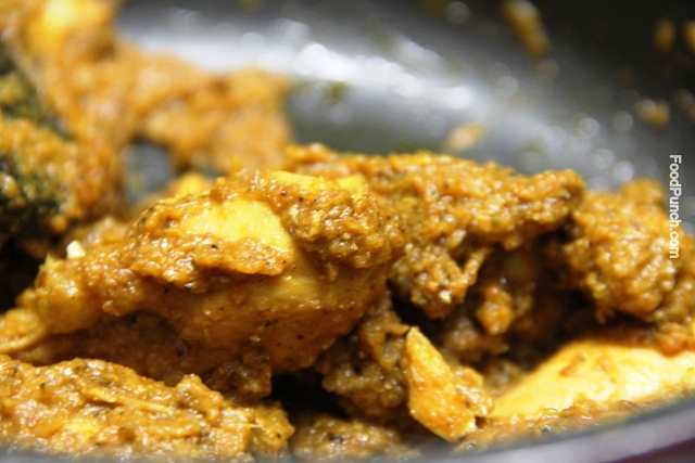 Chicken curry, indian spicy chicken, spicy chicken curry, recipe , recipes, non-veg, non vegetarian, thick chicken gravy, spicy chicken gravy