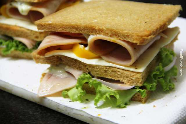 chicken ham, chicken sandwich, chicken ham sandwich, sandwiches, the sandwich, breakfast ideas, Sunday brunch, non-veg snacks, non-vegetarian recipe,