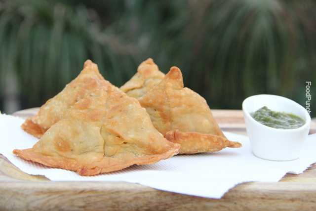Indian snack, samosa recipe, potato stuffed snack, vegetarian snack, veg recipe, recipes, Indian samosa, aloo samosa