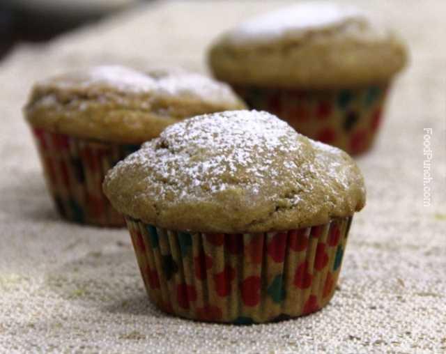 orange muffins, cupcakes, cake, raisin cake, orange and raisin cake, muffin, breakfast muffin, whole wheat flour cake, recipe, recipes