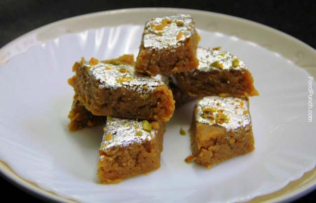 Orange barfi, vegetarian, coconut barfi, indian sweets, Indian dessert, orange and coconut dessert, indian swet dish, mithai, barfi, burfi, party sweet