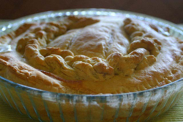 Chicken cream pie, non vegetaring baked recipe, baking pie,Chicken and mushroom pie, fresh pie, chicken pie, homemade chicken pie, creamy pie, creamy chicken and mushroom pie,