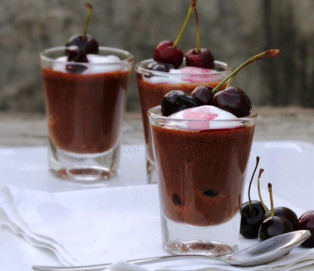 Chocolate and Wine Soaked Cherry Mousse Shots recipe, chocolate shots, chocolate no bake dessert, no cooking dessert, fridge dessert, summer dessert, cherry recipe, chocolate recipe, chocolate mousse recipe, mousse, mousse shots, chocolate shots, party dessert,