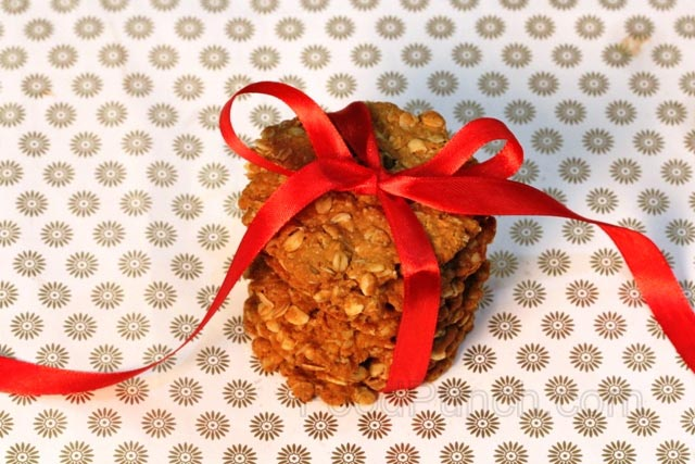 honey oat raisin cookies, oat cookies, healthy cookies, cookies, eggless cookies, breakfast cookies, biscuit recipe, baking cookies, , anzac biscuits, , baking cookies,