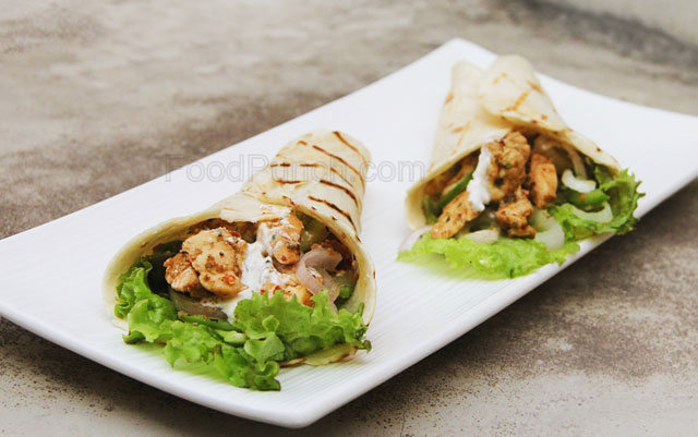 chicken fajitas, chicken enchiladas, Mexican wrap,  tortilla wraps, Mexican spicy recipe, spicy wraps, spicy chicken fajitas, quick lunch recipe, marinated chicken fajitas with yogurt, chicken recipe, chicken side dish, entree recipe, picnic food, tiffin box food, food for children