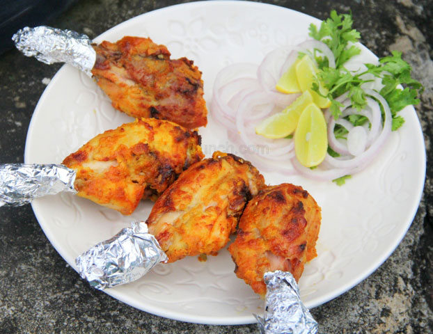 chicken leg kebab, chicken tangri kebab, grilled chicken drumsticks, chicken drumsticks,spicy grilled chicken, chicken recipe, juicy grilled chicken, kebab in microwave, microwave chicken, chicken tangri kebab in microwave,  chicken leg tikka, starter, sides, snacks, monsoon snack