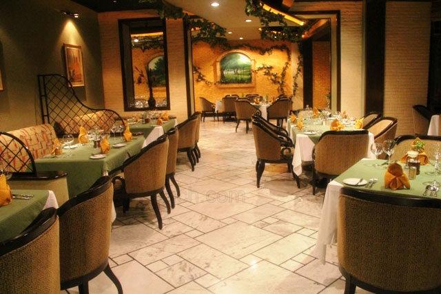 Olive Garden Restaurant In Kathmandu Eating Italian At
