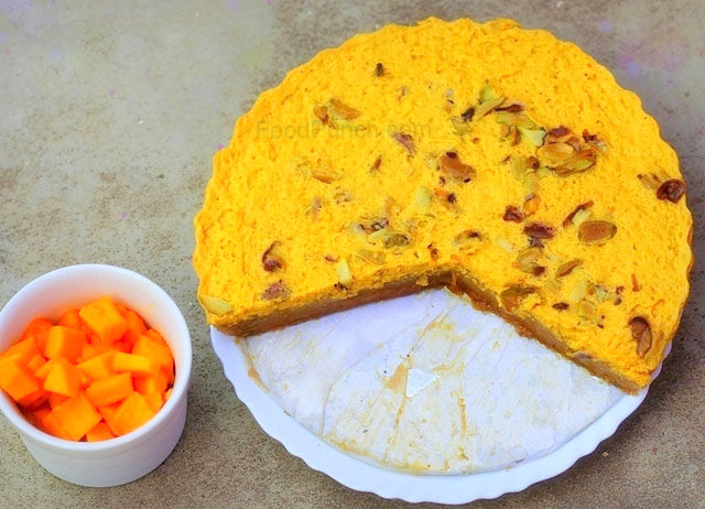 Steamed mango and yogurt cheesecake, indian cheesecake, Aam doi recipe, bhapa aam dahi recipe, bhapa dahi recipe, bhapa aam doi, indian dessert, bengali dessert, yogurt dessert, mango dessert, steamed dessert, healthy dessert recipe, fruit dessert recipe