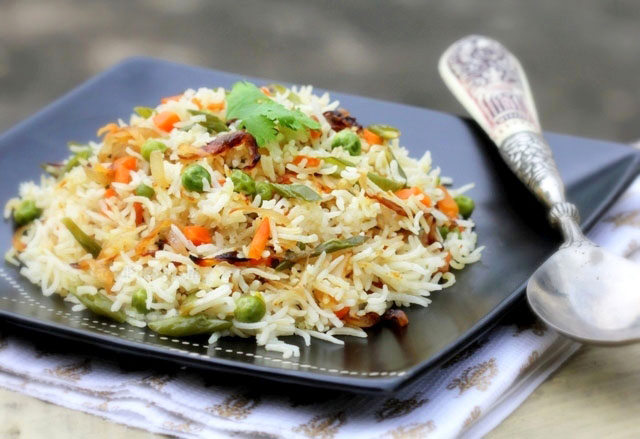 vegetable pulav, indian fried rice, pulav recipe, pulav, indian rice, pulao  recipe, pulao, rice fried, spicy rice, vegetable fried rice, veg pulao, vegetable pulav