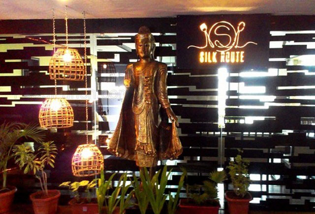 Review of Silk Route Hyderabad, silk route restaurant, silk route, hyderabad restaurant, hyderabad food, thai in hyderabad, multi cuisine restarant in hyderabad, north indian buffet in hayderabad, restaurant in banjara hills hyderabad, silk route food , restaurant review