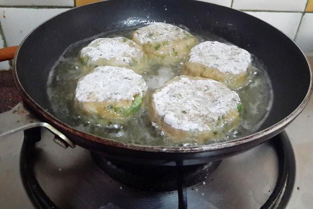 aloo tikki, potato cutlet, potato recipe, aloo bonda