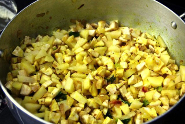 plantain potato stir fry recipe, potato recipe, stir fry, vegetarian recipe