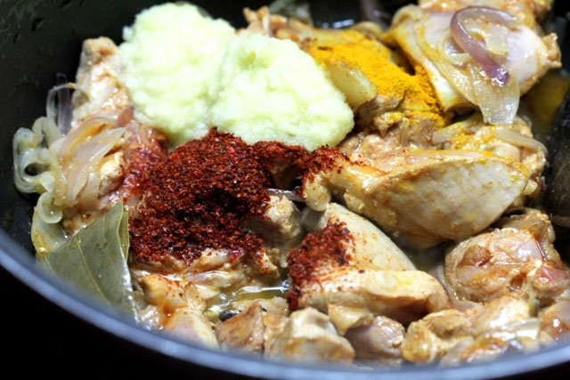 how to make chicken gravy thick