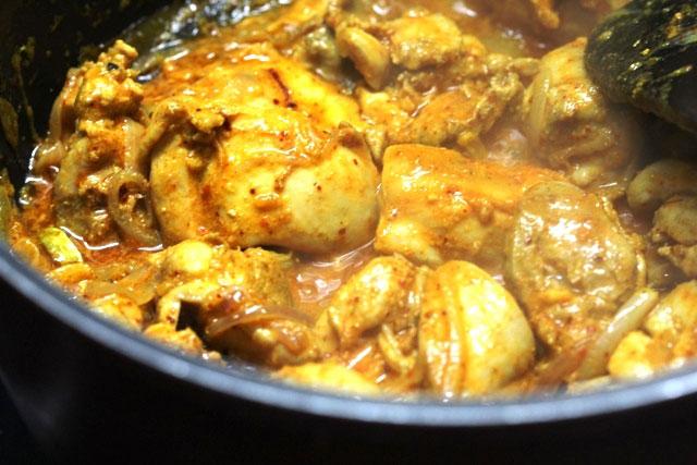 Chicken korma recipe, chicken recipe, chicken in thick indian style gravy