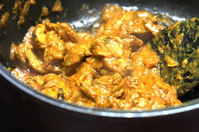 Chicken korma recipe, chicken recipe, chicken in thick indian style gravy
