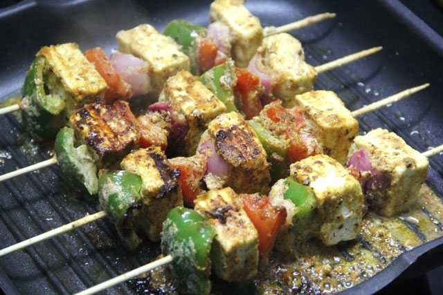 Paneer tikka recipes, paneer tikka, grilled cottage cheese, paneer recipe