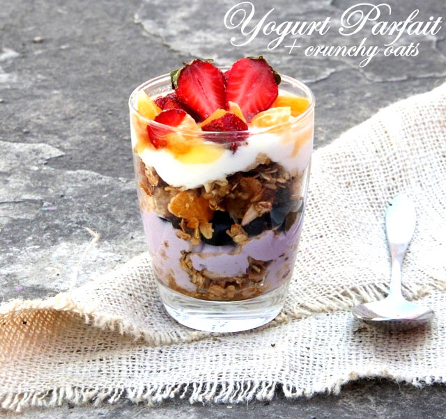 yogurt parfait, healthy yogurt parfait recipe, oats parfait, curd parfait, healthy breakfast