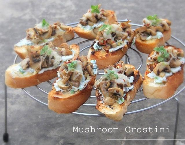 Mushroom crostini, mushroom bruschetta, garlic toast, mushroom toast