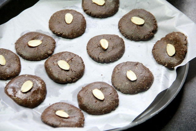 Almond, honey, ragi cookies, Wholegrain cookies, healthy cookies