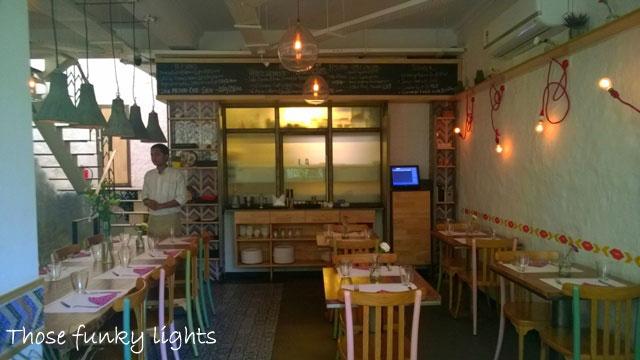 Review La Bodega, Delhi, La Bodega Khan Market, Mexican restaurant in Delhi