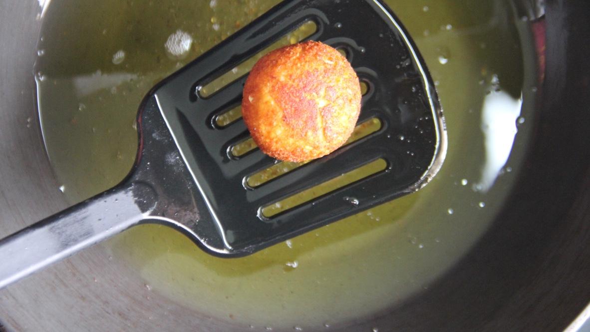 malai-kofta-recipe-10-fried-koftas
